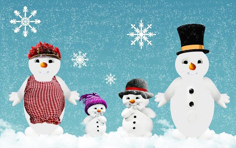 famiglia-pupazzi-neve_800x502