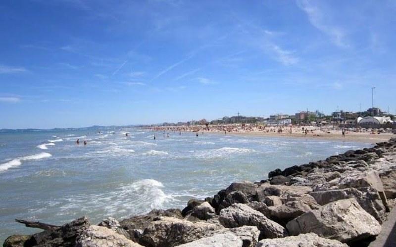 scegliere una vacanza a Rimini anche quest'anno_800x500